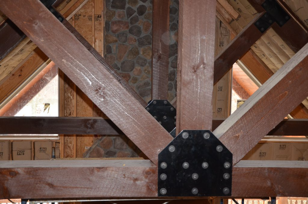 Vaulted Ceiling - Log Home Contractor